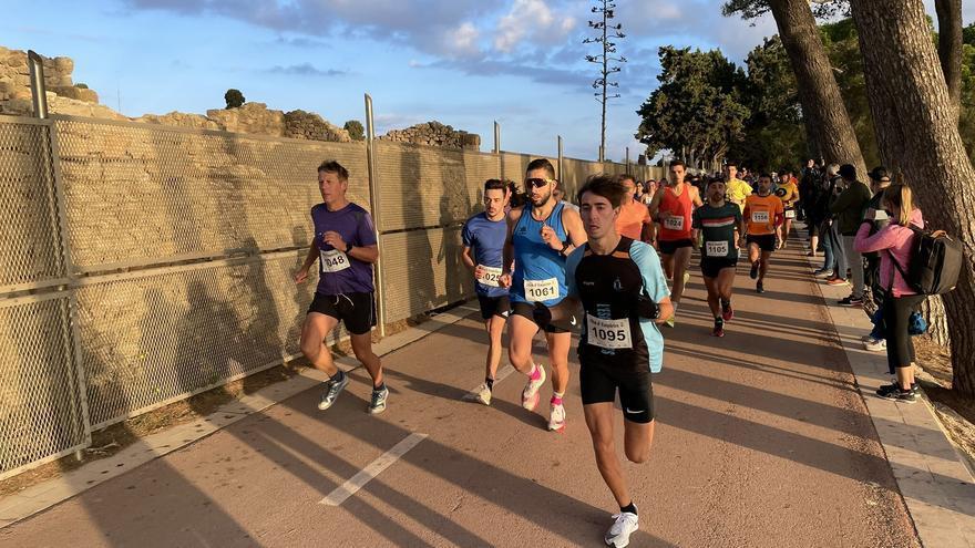 L'Escala celebra més d'un miler d'inscrits en les diferents proves de la Marató d'Empúries