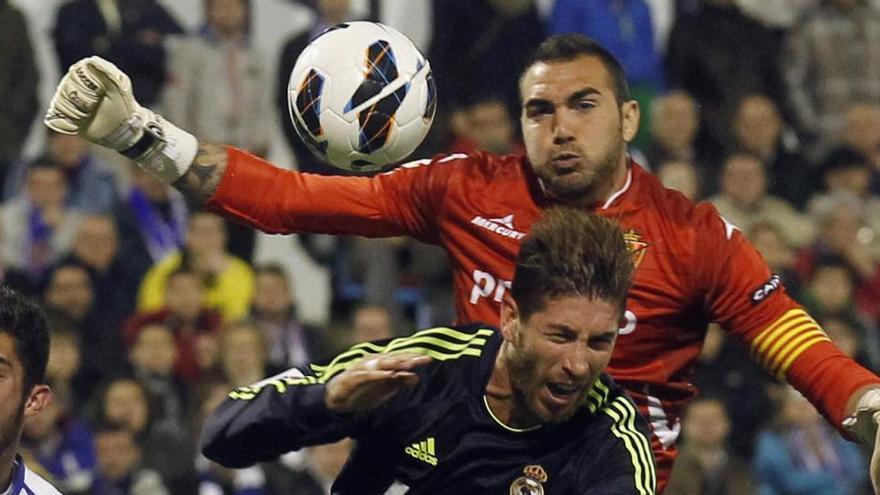 El Valladolid refuerza su portería con Roberto Jiménez