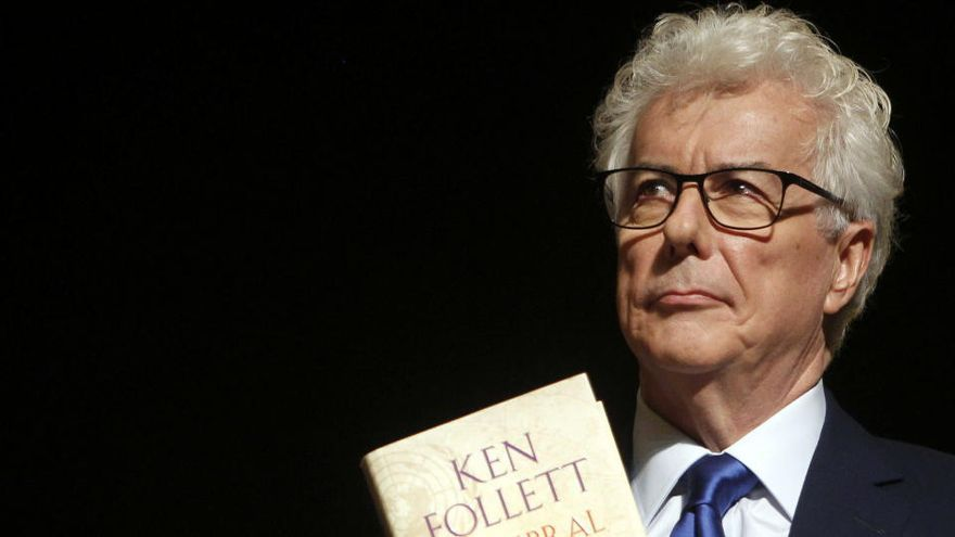 Ken Follett publicará en septiembre la precuela de 'Los pilares de la Tierra'