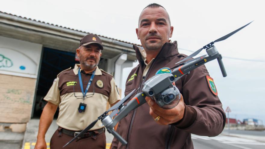 Un dron contra los furtivos en A Illa