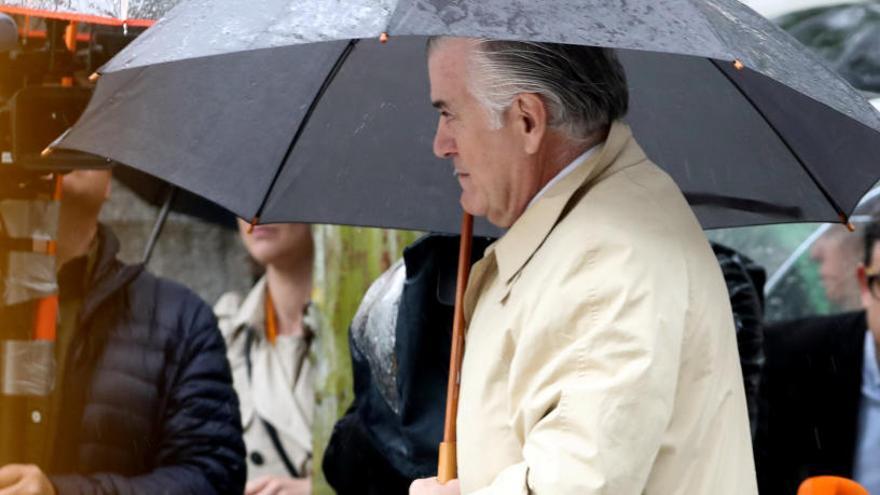 La Fiscalia demana presó sense fiança per a Luis Bárcenas i la seva esposa