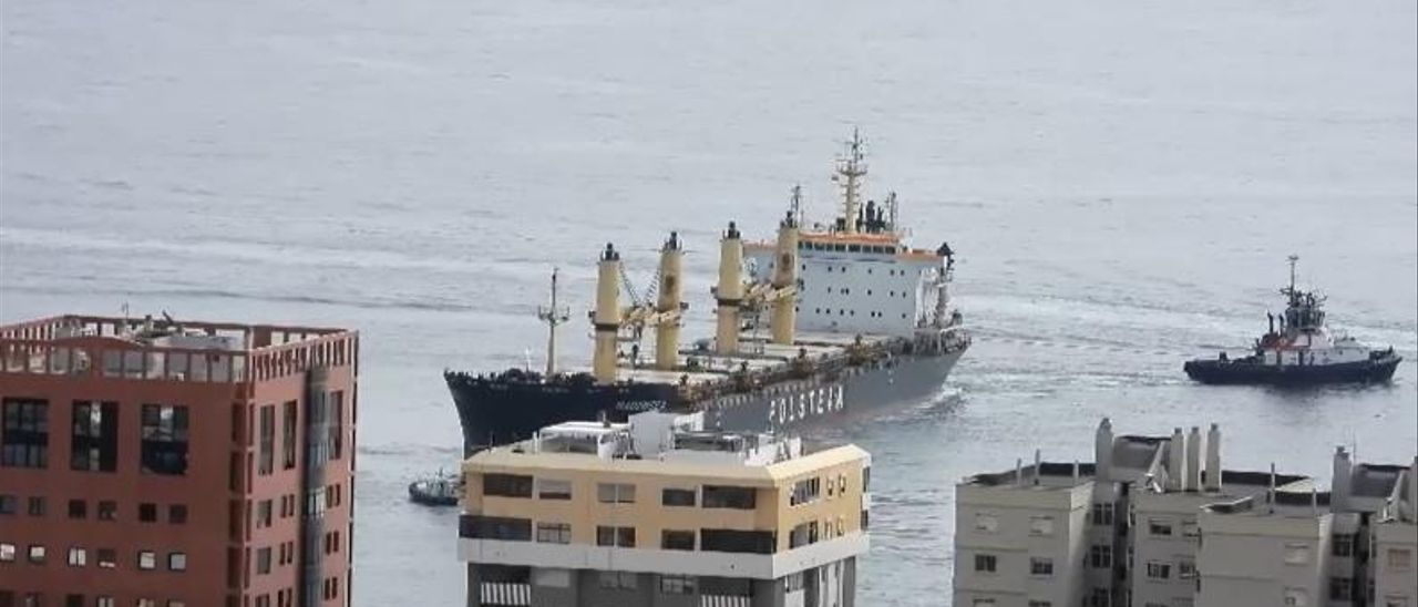 Captura de vídeo del momento en el que el Wadowice II se encontraba cerca de la Avenida Marítima.