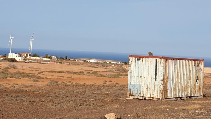 El Cabildo de Fuerteventura frena la proliferación del uso de contenedores como viviendas