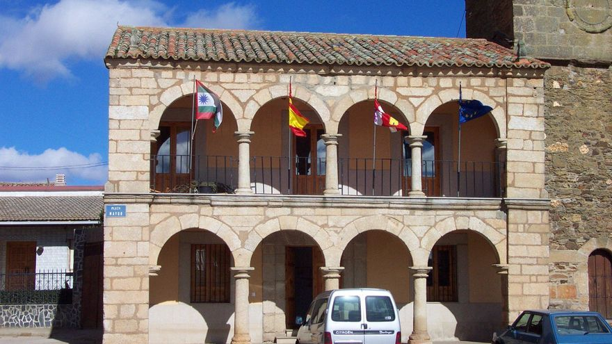 Condenado el Ayuntamiento de Carbajales de Alba a readmitir al exalguacil o a indemnizarlo con casi 7.000 euros
