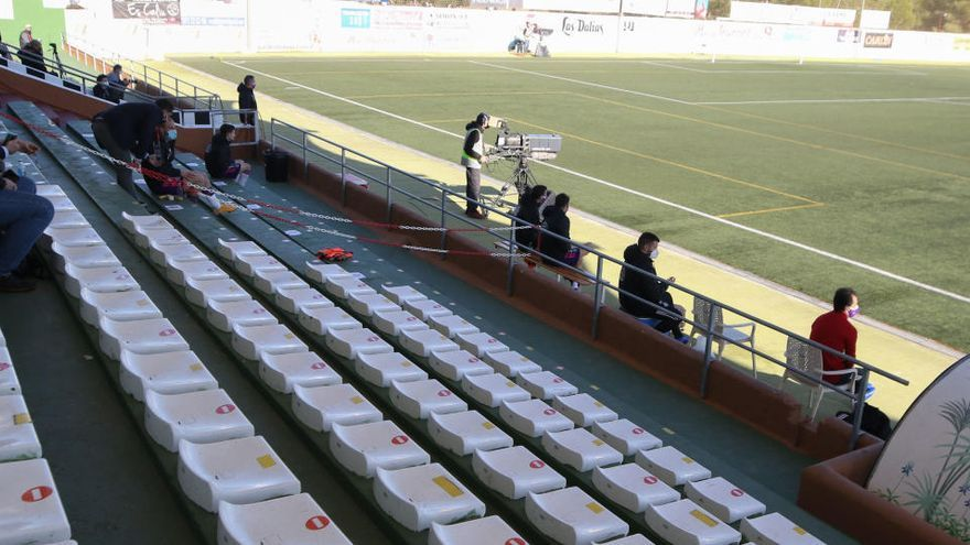 El PSOE denuncia incumplimiento de restricciones en el partido de Copa del Rey Peña - Valladolid