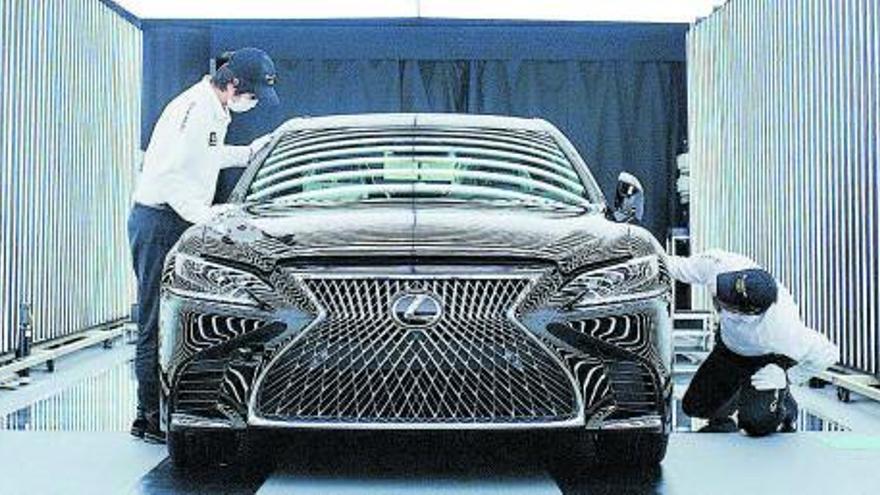Lexus Murcia ofrece 10 años de garantía en todos sus vehículos