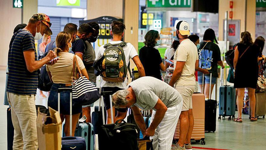 Las reservas de viajes hacia Balears se mantienen por encima de 2019