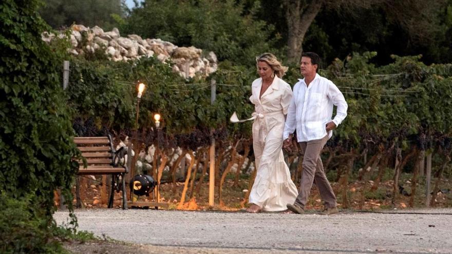 Manuel Valls y Susana Gallardo finalizan los festejos de su boda en Menorca