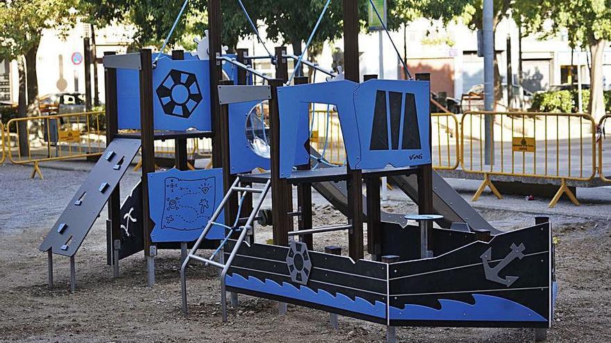 Els veïns de Santa Eugènia es reuneixen per buscar solucions als problemes del barri