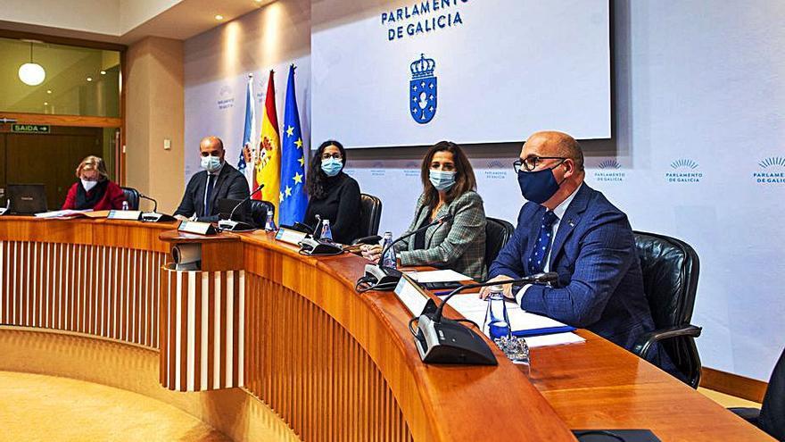 Baltar destaca en el Parlamento la inversión social y medioambiental