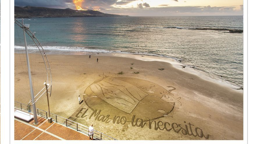 Time-lapse del dibujo en la arena de Las Canteras sobre las mascarillas