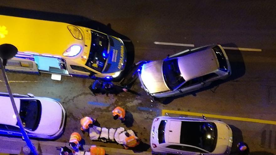 Da positivo tras un accidente en Juan Flórez con daños en tres vehículos