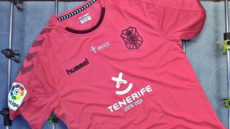Hummel tiene la llave para vestir al CD Tenerife en el Centenario
