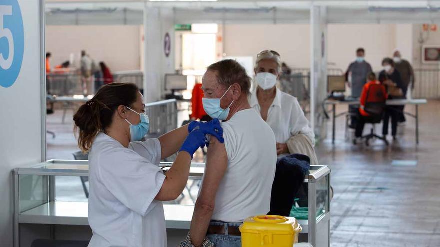 Récord de vacunas administradas en un día en el Recinto Ferial de Ibiza