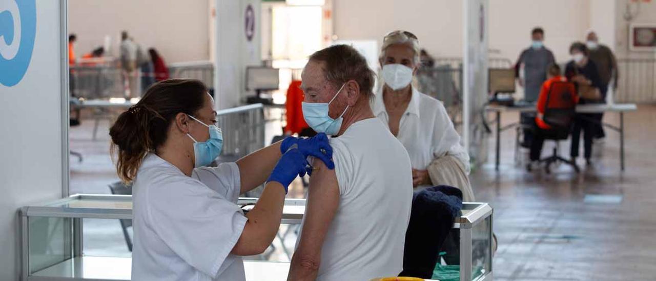 Ibiza  pisa el acelerador de la vacunación.