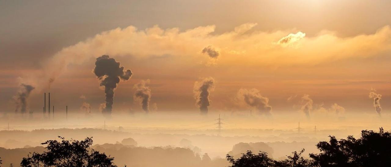 Multas de hasta 2,5 millones y el cierre total de actividades si se rebasan las emisiones de CO2