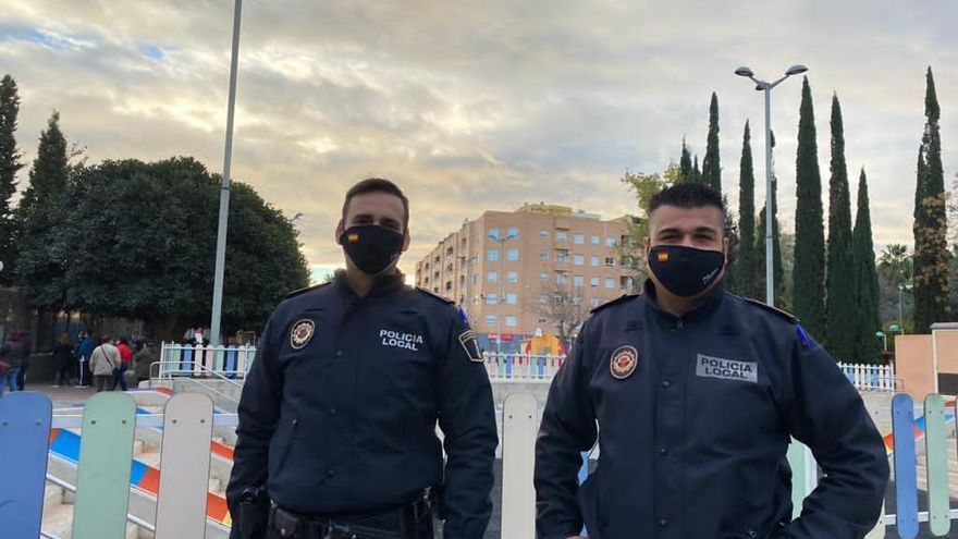 La Policía Local de Foios detiene a una pareja dedicada al hurto de objetos personales