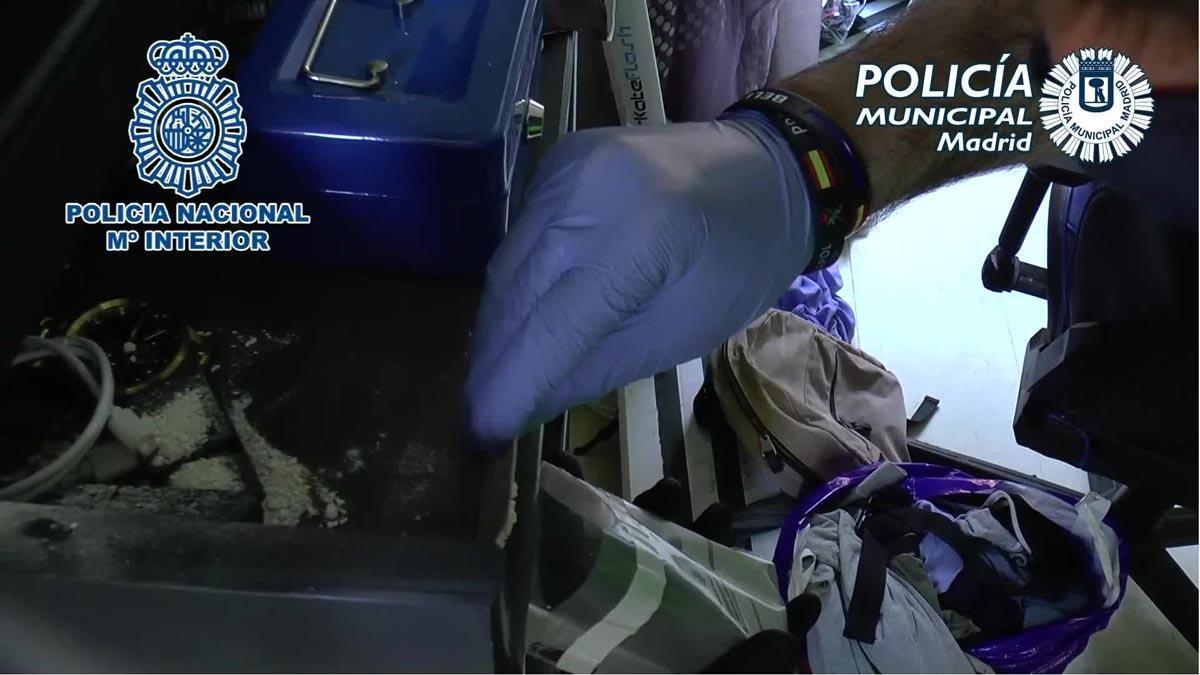 Desmantelados tres 'narcopisos' en Madrid con ocho detenidos