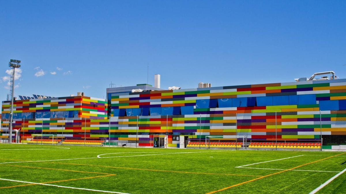 Instalaciones amplias y que ofrecen una de las mejores ofertas deportivas.