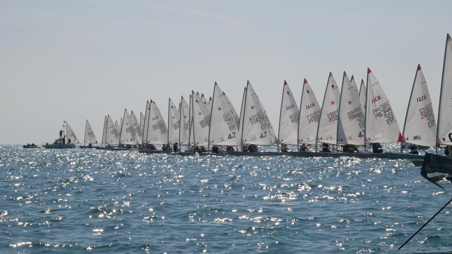Casi un centenar de embarcaciones participan en el Trofeo Terral 2021