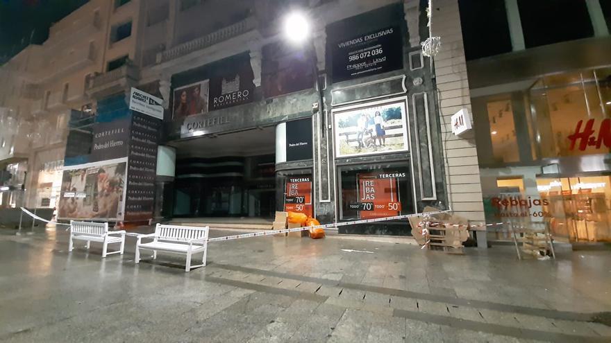 Gaetan provoca el desprendimiento de una bola de piedra desde una fachada del Príncipe