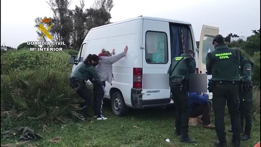 Detenidos seis integrantes de una organización criminal dedicada a los robos con fuerza que operaba desde Orihuela Costa