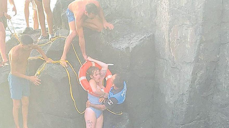 """Una superviviente de la cueva de El Tancón: """"Me agarré con las uñas a las rocas"""""""