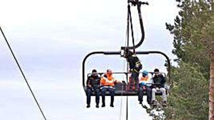 Las llamadas de auxilio de personas que salen a la montaña repuntan un 27%