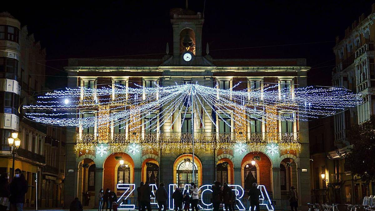 La Plaza Mayor de Zamora, durante la Navidad.   Jose Luis Fernández