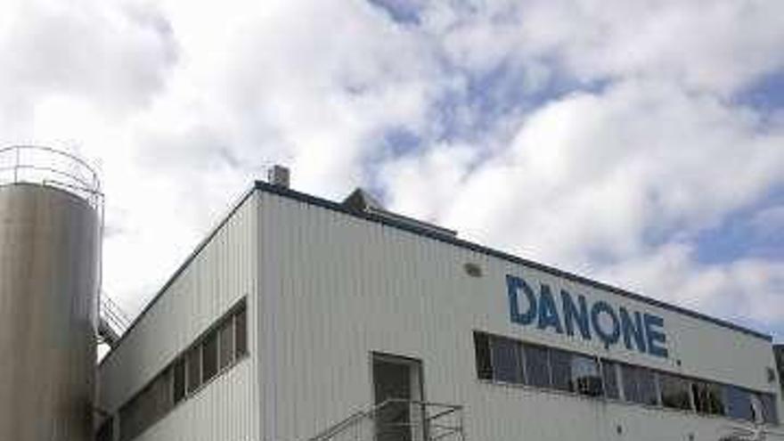 Danone participa en un plan para relanzar las explotaciones agropecuarias