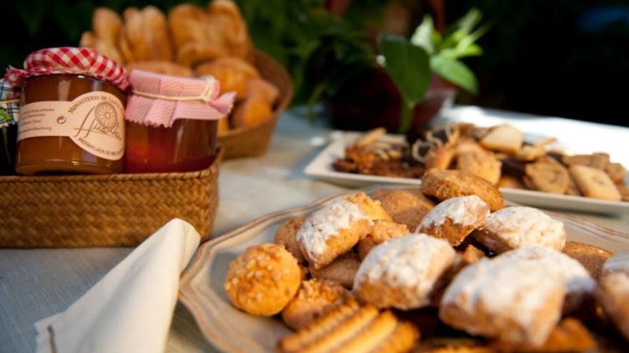 Carrefour comercializa en Semana Santa dulces del convento de las Carmelitas de Toro