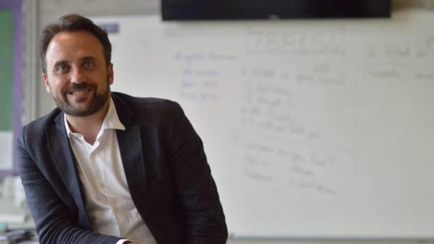 """Franc Corbí: """"El canvi educatiu ha de vindre de la societat perquè dels polítics no vindrà"""""""
