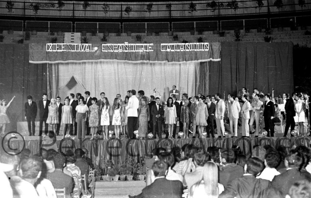 CANTANTES PARTICIPANTES EN EL IX FESTIVAL DE LA CANCIÓN DE BENIDORM. JULIO 1967.