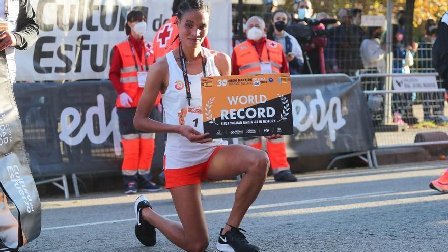 Letesenbet Gidey, la atleta etíope, récord del mundo de medio maratón en Valencia