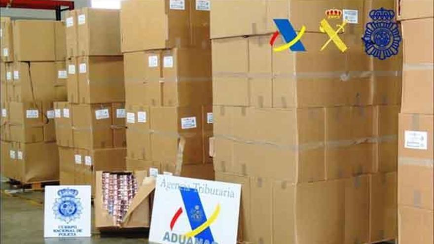 Desmantelada una red de contrabando de tabaco entre Canarias y la Península