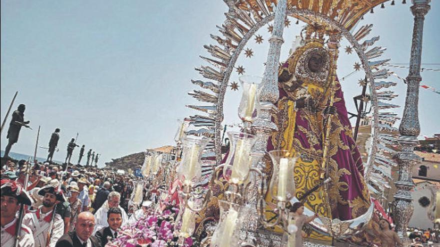 Tenerife toma medidas para evitar la peregrinación masiva a Candelaria