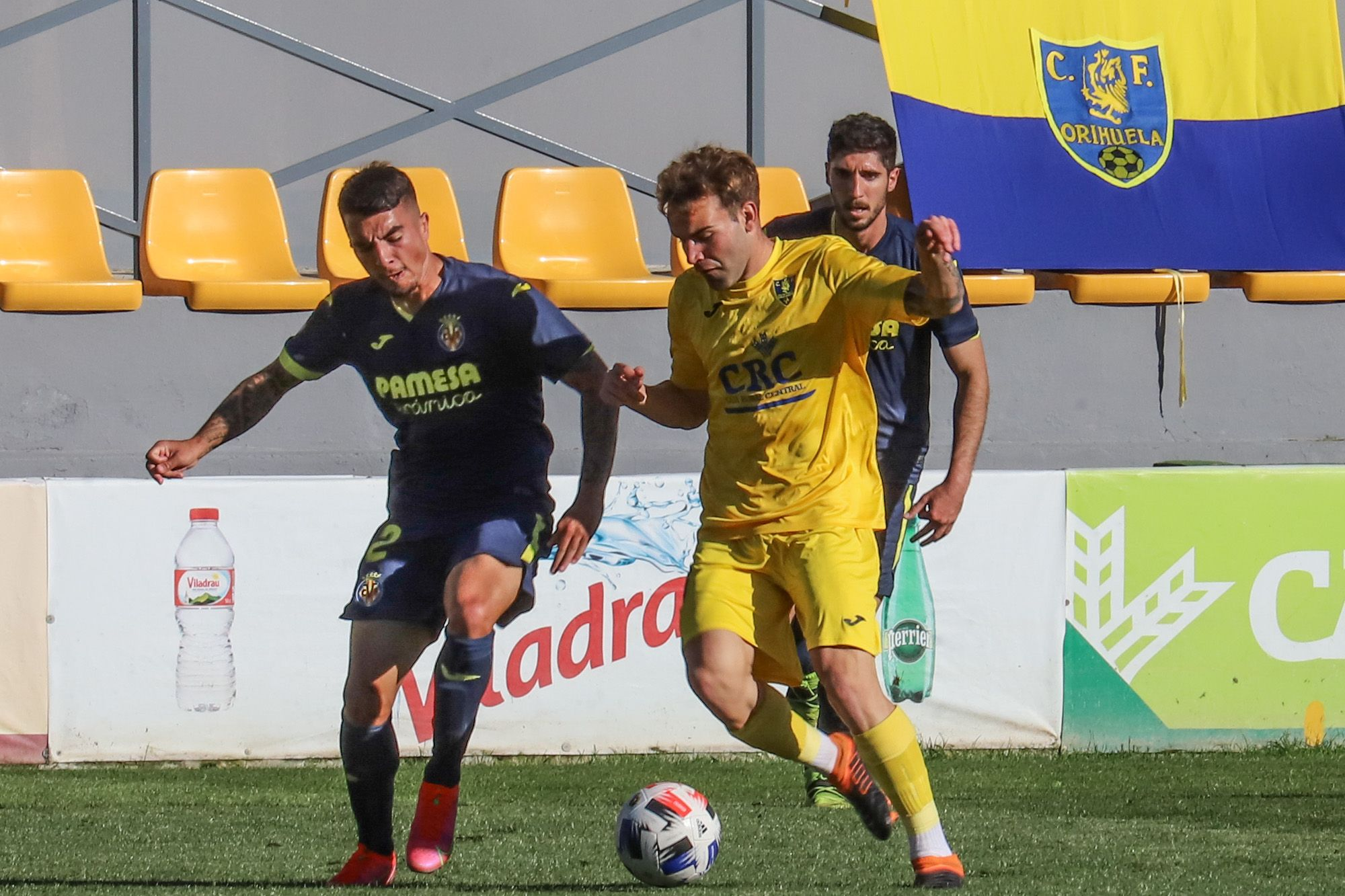 El Orihuela cae por 2-4 en un partido vibrante ante el Villarreal B