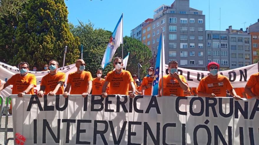 """Xulio Ferreiro pide """"intervenir"""" las antiguas plantas de Alcoa para """"proteger la industria"""""""
