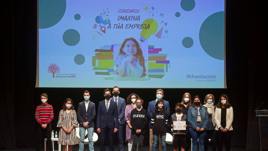 """Alumnos del Eduardo Pondal ganan el premio """"Imaxina a túa empresa"""""""