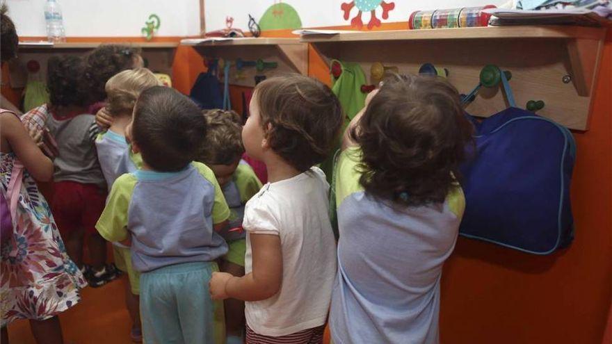 Educación insiste en la reubicación de alumnos antes que mantener unidades