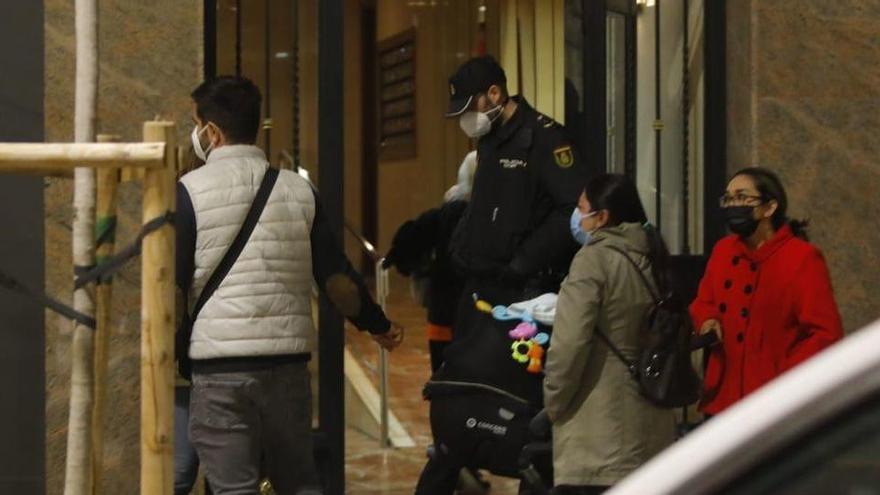 Un niño de 10 años, herido muy grave al caer de un quinto piso en Valencia