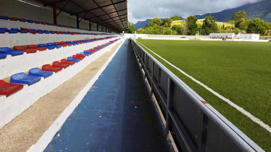 Mejoras en el campo municipal de futbol de Oreyana, en Ribadesella