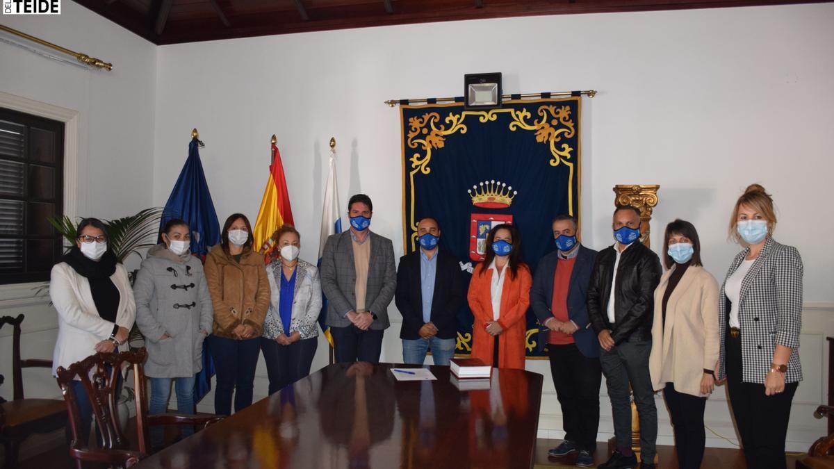 Toman posesión dos nuevos empleados públicos interinos en el Ayuntamiento de Santiago del Teide