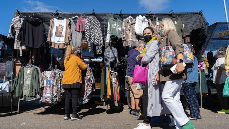 GALERÍA | Así es el mercadillo en Zamora: los ambulantes de Zamora piden a gritos nueva normalidad