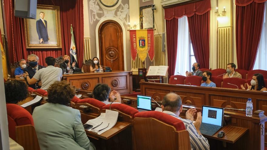 Fragoso deja de ser concejal en el primer pleno que preside Gragera