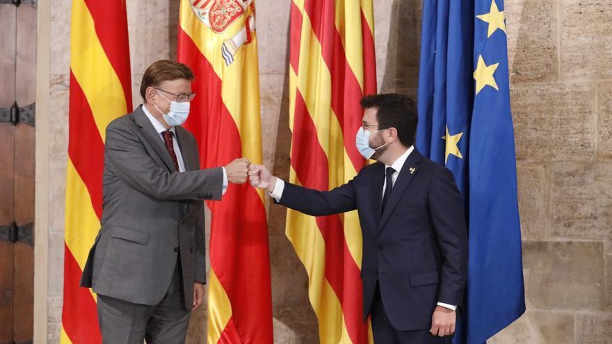 Aragonés ofrece complicidad a Puig para luchar contra la infrafinanciación pero fija como prioridad el referéndum