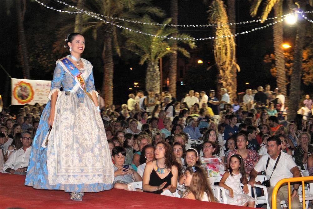 El desfile de la corte mayor. Rebeca Gómez
