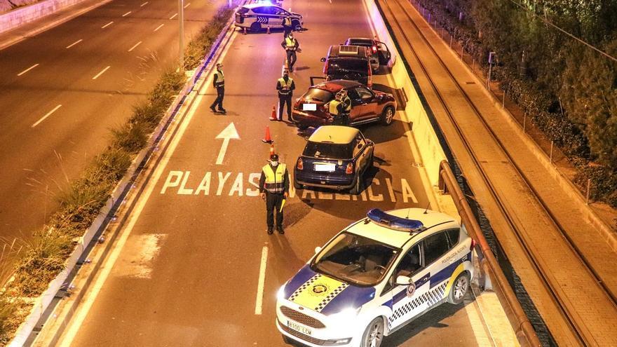 Récord de sanciones en Alicante este fin de semana en el dispositivo anticovid con 177 denuncias