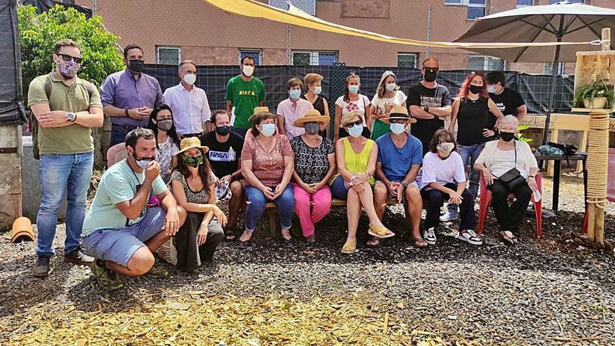 La primera huerta urbana para mayores de La Laguna ya tiene lista de espera