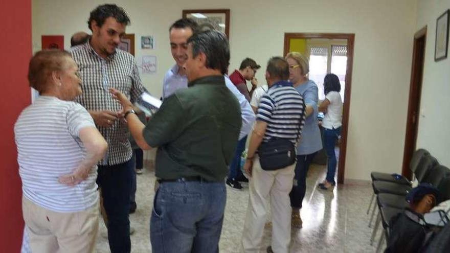 Los candidatos a liderar el PSOE exponen sus proyectos